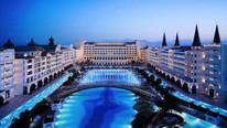 Dünyanın en lüks oteliydi... Su faturasını ödeyemediler