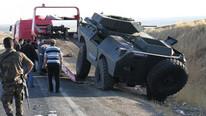 Sınırda zırhlı araç devrildi: 8 asker yaralı