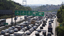 İstanbul'un köprülerinden günde kaç araç geçiyor ?