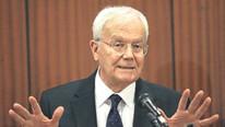 Eski YÖK Başkanı hayatını kaybetti
