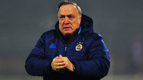 Advocaat için Fenerbahçe'ye ilginç teklif