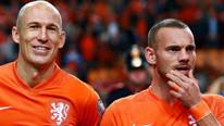 Sneijder ve Robben Advocaat'ı istemiyor !