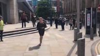 İngiltere'de panik! İnsanlar sağa sola kaçışıyor