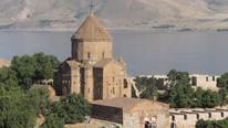 Ne Ege ne de Akdeniz... Turistler oraya akın ediyor
