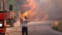 Ciğerlerimiz yanıyor ! Tatil cennetinde büyük yangın