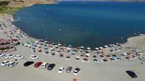 Ne Ege ne de Akdeniz... Turistler orada serinliyor
