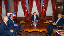 Cumhurbaşkanı Erdoğan, Demirören ve Lucescu'yu ağırladı