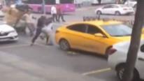 İstanbul'da taksici dehşeti; para üstü isteyen turiste saldırdı