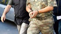 FETÖ operasyonu devam ediyor: 17 asker gözaltında