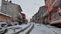 Yılın ilk kar tatili haberi ! 2 ilde eğitime ara verildi