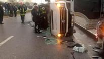 İşçi minibüsü ile TIR çarpıştı: Çok sayıda ölü ve yaralı var