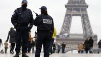 Fransa'da Noel pazarına silahlı saldırı !