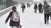 Kar yağışı eğitimi etkiledi ! O ilimizde okullar tatil edildi