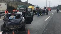 TEM'de feci kaza: İstanbul yönü ulaşıma kapandı