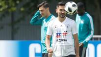 Tümer Metin: Milli takım iyi olsaydı Mesut Özil Türkiye'yi seçerdi