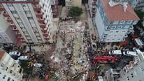 İstanbul'da çöken binayla ilgili 3 kişi gözaltına alındı