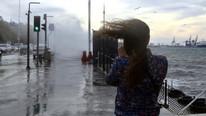 Meteoroloji'den haftasonu uyarısı: Kuvvetli rüzgar-fırtına geliyor!