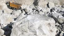 Maden ocağında göçük; işçiler göçük altında