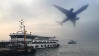 İstanbul'da uçak ve deniz seferlerine sis engeli