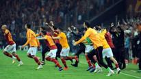 Galatasaraylı futbolcular şampiyonluk sonrası büyük sevinç yaşadı