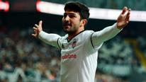 Beşiktaş'ta Güven Yalçın, 36 dakikada 22 forveti geçti