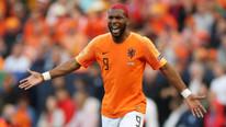 Galatasaray; Babel'e 2,5 milyon euro, Şener Özbayraklı'ya 6 milyon TL ödeyecek