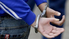 14 yaşındaki 2 kız çocuğu 9 kişiyi öldürmeyi planlamaktan gözaltında