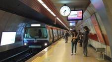 İstanbul'da gece metrosundan kaç kişi faydalandı ?