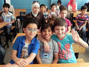 ''Suriyeli öğrenciler imam hatiplere yönlendirilsin''