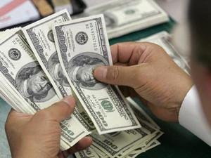 Dolar frene bastı !