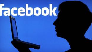'Facebook çocuk pornosu yayınlıyor'