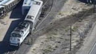 ABD'de yolcu treni raydan çıktı: 50 yaralı