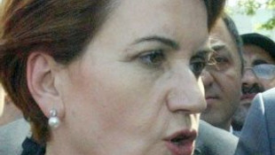 Meral Akşener'e iki sürpriz telefon