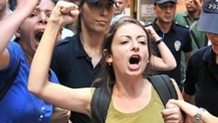 Mersin'de kadınlar orayı bastı !
