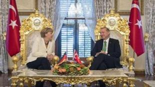 Erdoğan'ın ''altın tahtı'' olay oldu !