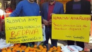 Türk işadamı Rusya'ya kızdı, bedavaya halka dağıttı