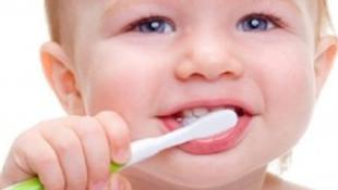 Bebeklerde ağız bakımına dikkat