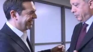 Erdoğan'la Çipras'ın kravat diyaloğu