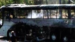 Rodos'ta tur otobüsü yandı