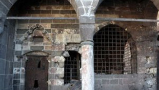 14 cami için yıkım kararı