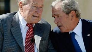 """""""Baba Bush oyunu Hillary Clinton'a verecek"""""""