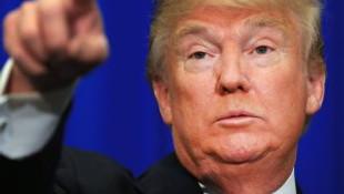 Trump'ın elini sıkan ilk lider o oldu