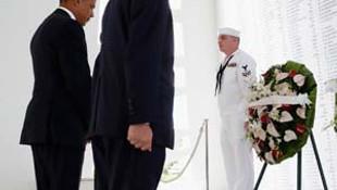 Tarihi anlar... Obama ve Abe, Pearl Harbor'da