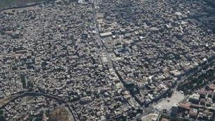 Teröristlerin yıktığı Sur yeniden inşa ediliyor