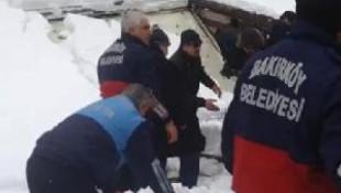 Ataköy'de camide tente çöktü