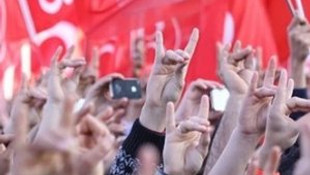 MHP'de ''hayır'' diyen başkan görevden alındı