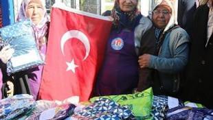 Analarımızdan Mehmetçik'e anlamlı hediyeler