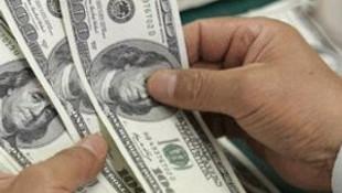 Dolar kritik seviyeye geriledi