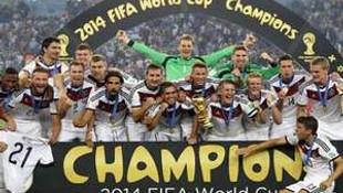 Almanlar zafer sarhoşu..