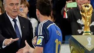 Blatter'in Messi şaşkınlığı!
